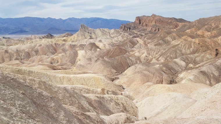 vegas_rnd2_day2_death_valley_zabriskie_point