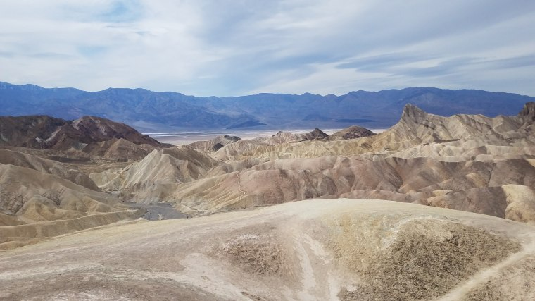 vegas_rnd2_day2_death_valley_zabriskie_point2